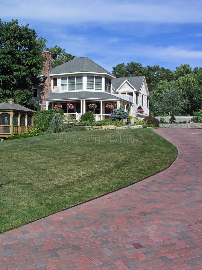 Download House And Driveway Stock Images - Image: 1092254