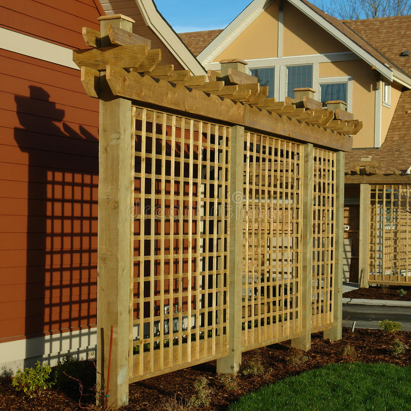 Free House Exterior Details Trellis Wood Royalty Free Stock Images - 29131329