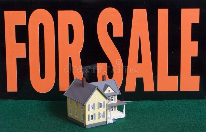 house försäljningen arkivfoto