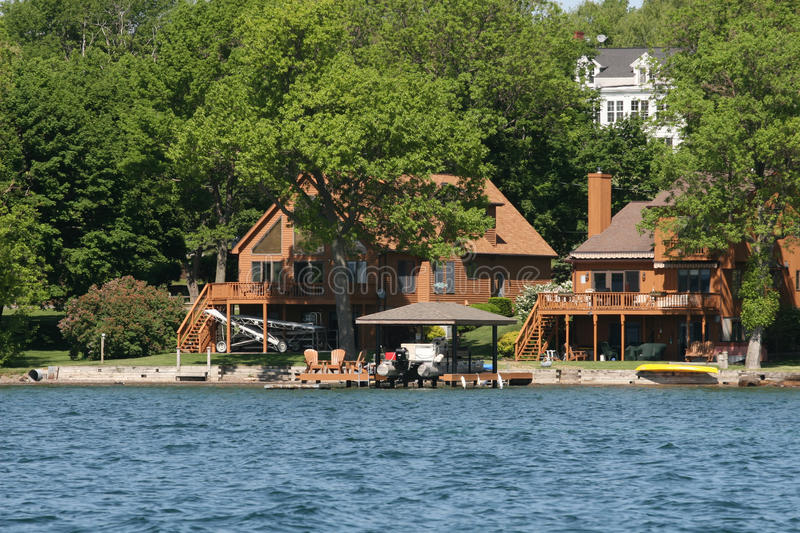 House On A Lake Royalty Free Stock Images