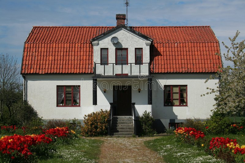 Download House With Red Roof And Garden Royalty Free Stock Photo - Image: 6180485