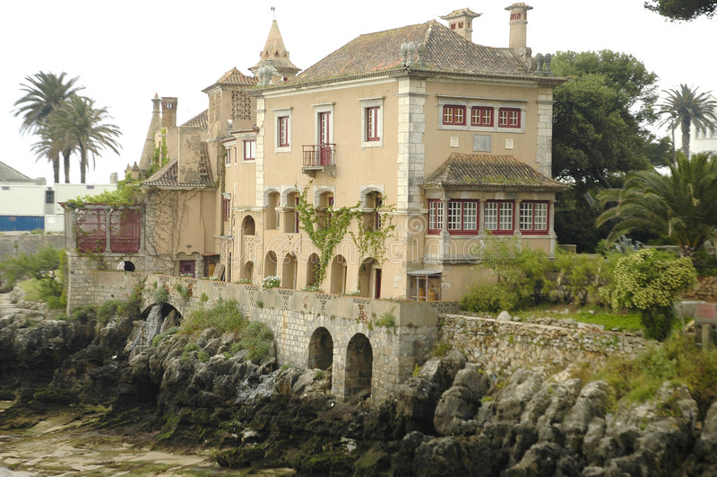 house sjösidan royaltyfri foto
