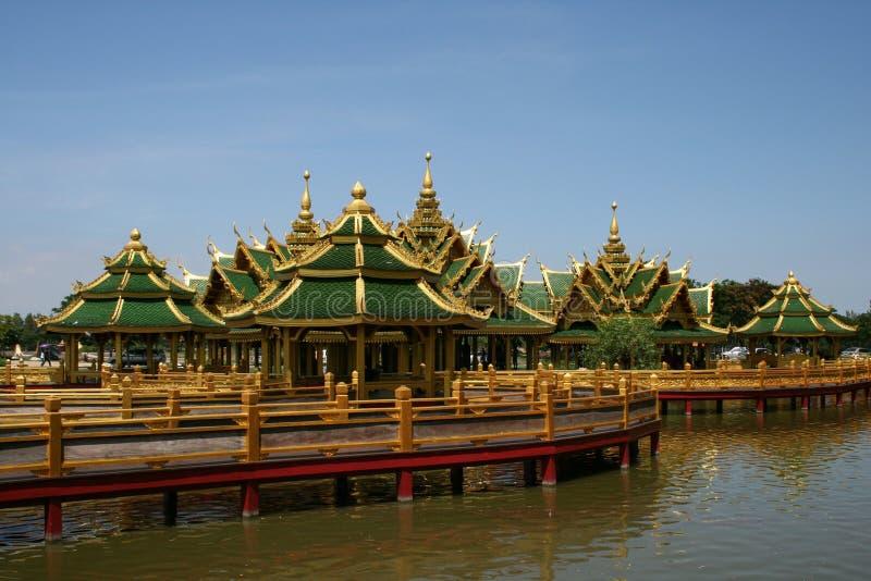 house thai stil royaltyfri bild