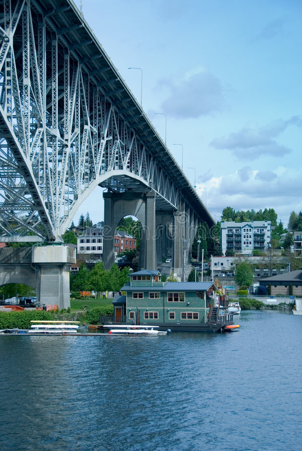 Download House Under The Bridge Royalty Free Stock Photography - Image: 2377477
