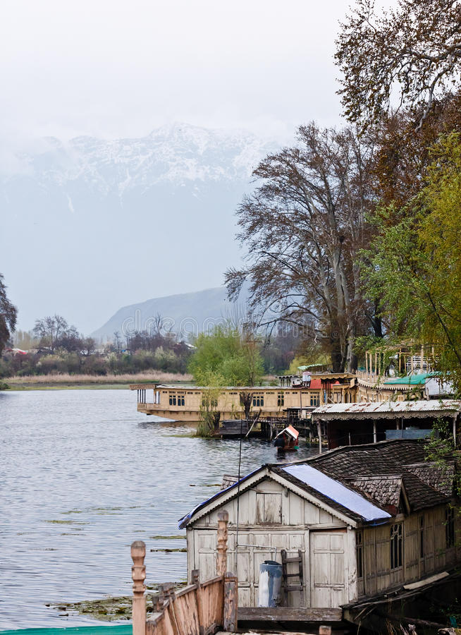 Free Houseboats, Dal Lake, Srinagar, Stock Photos - 24741683