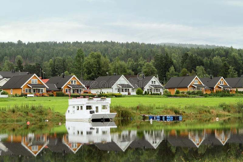 Houses along the lake royalty free stock photo