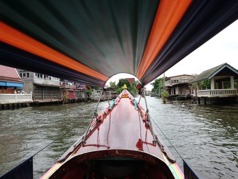 houses floden royaltyfri foto