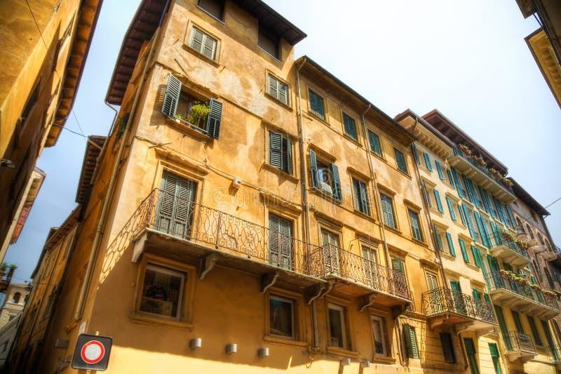 houses italienskt gammalt traditionellt royaltyfri bild