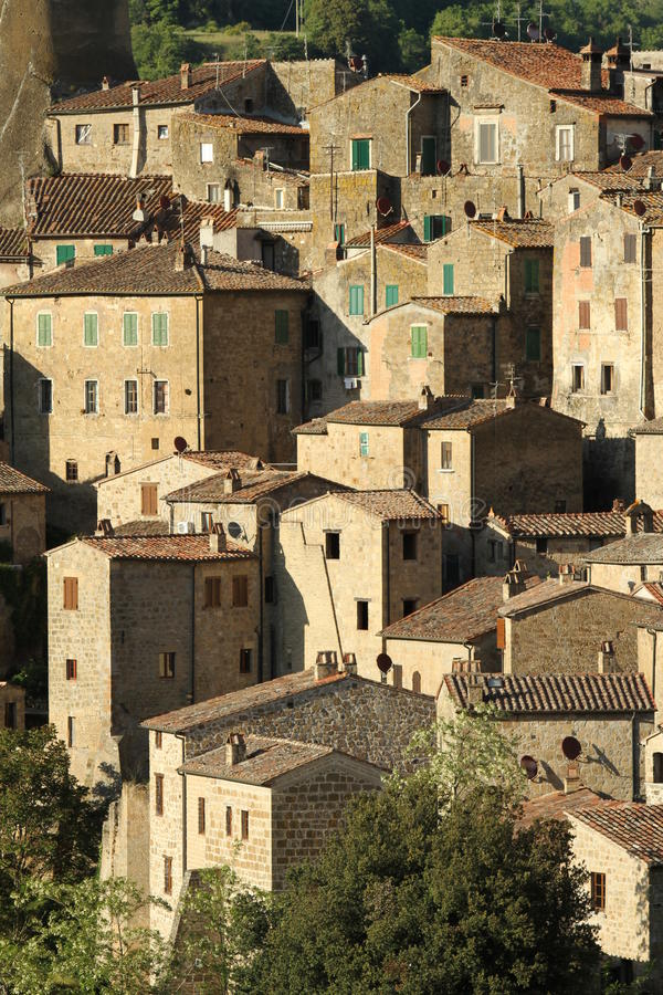 Free Houses On Cliff Royalty Free Stock Images - 15134729