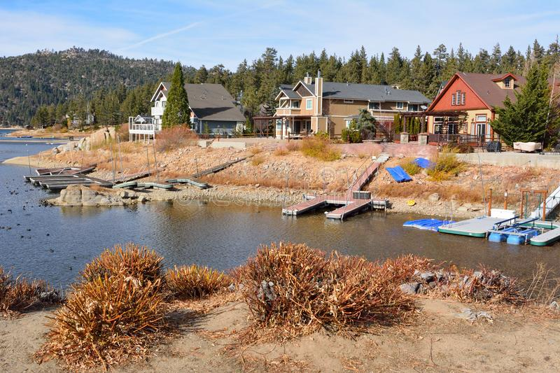 Houses on the shore of Big Bear Lake in California royalty free stock photo