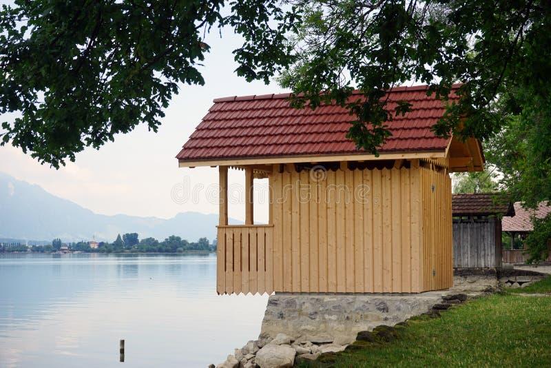 houses trä arkivbilder