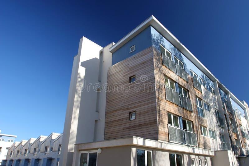 housing av modernt samkväm arkivfoto