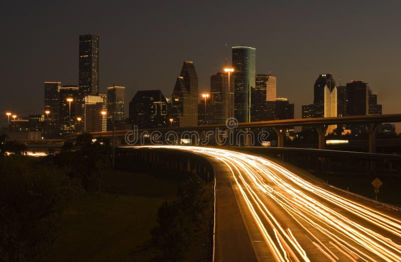 Houston céntrica detrás de la carretera fotos de archivo libres de regalías