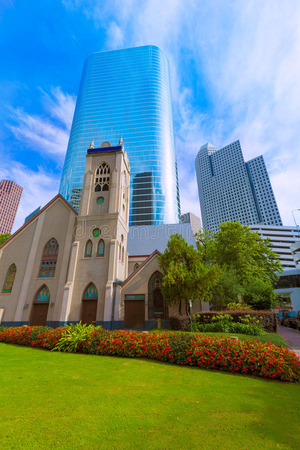 Houston cityscapeAntioch kyrka i Texas USA royaltyfri foto