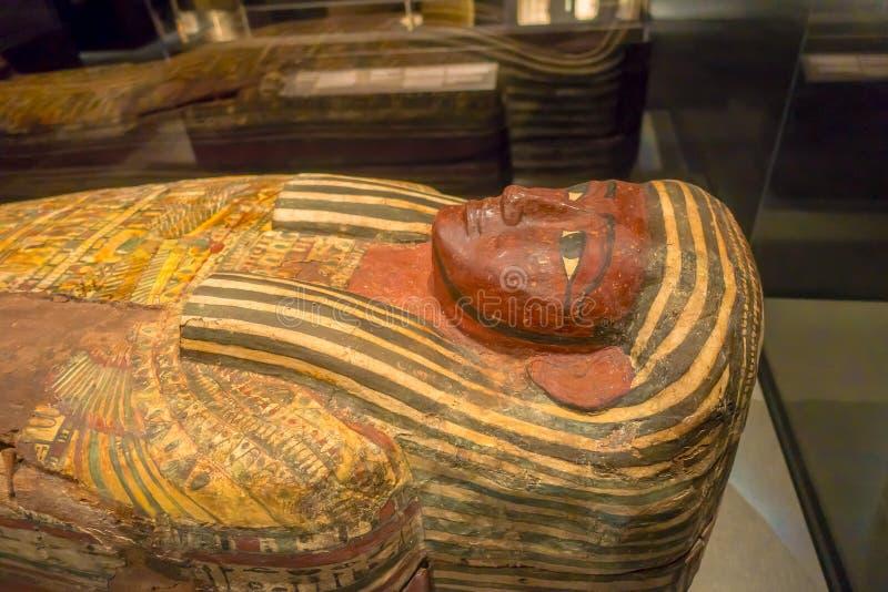 HOUSTON, DE V.S. - 12 JANUARI, 2017: Sluit omhoog van de sarcofaag van Oud Egypte in Nationaal Museum van Natuurwetenschappen royalty-vrije stock foto