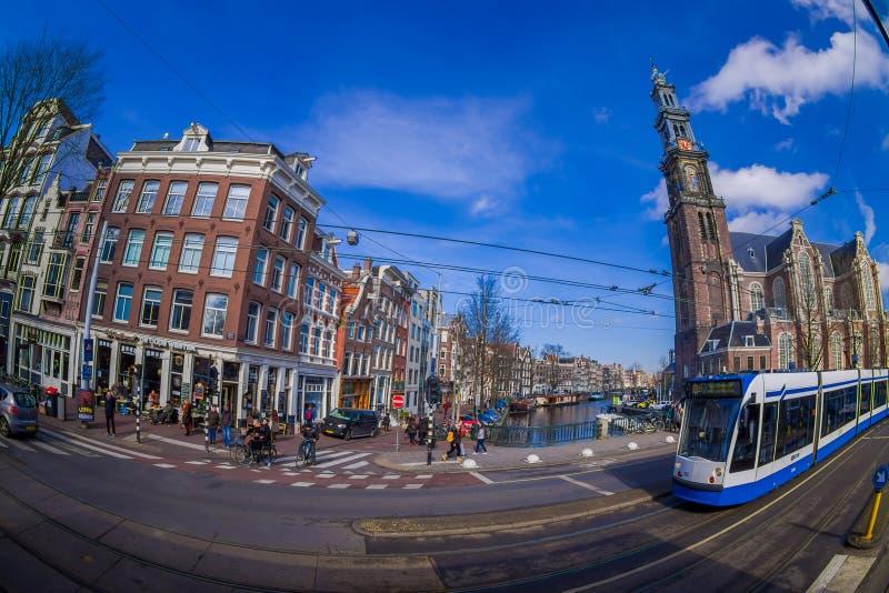 HOUSTON, ETATS-UNIS 10 MARS 2018 : La vue extérieure du tram d'Amsterdam est un réseau de tram qu'elle a été actionnée par le pub photo libre de droits