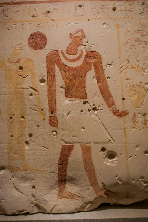 HOUSTON, EUA - 12 DE JANEIRO DE 2017: A arte egípcia na parede drawed na área de Egito antigo no Museu Nacional de natural foto de stock