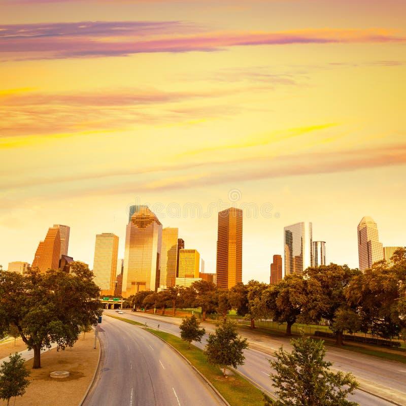 Houston linii horyzontu zmierzch od Allen Pkwy Teksas USA obraz stock