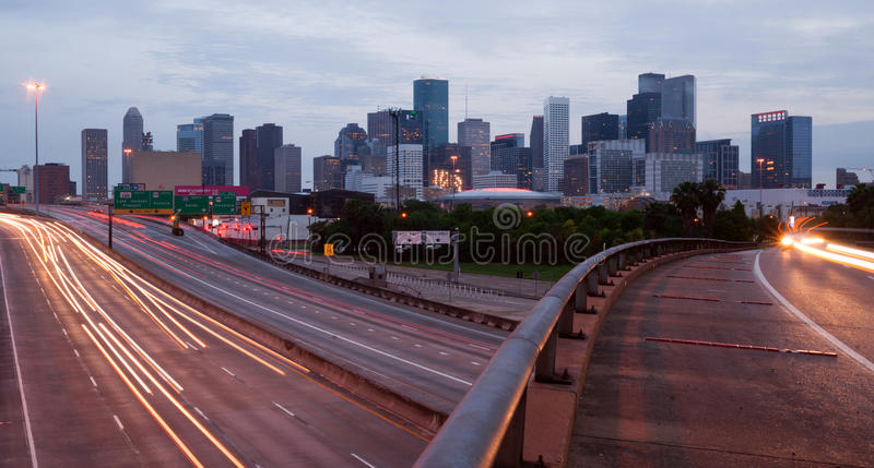 Houston Texas Downtown City Skyline Urban-Landschaftslandstraße vorbei stockfoto
