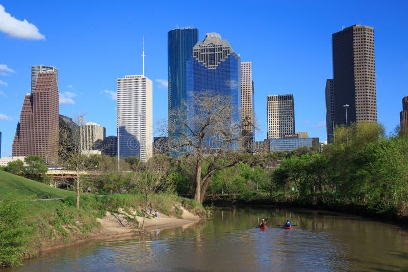 Houston Texas Skyline med moderna skyskrapor och sikt för blå himmel fotografering för bildbyråer