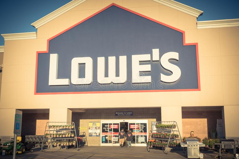 Facade entrance of Lowe home improvement retailer in USA. HOUSTON, TX, USA-SEP 30, 2016:Vintage entrance exterior to Lowe`s store. Fortune 500 American company royalty free stock images