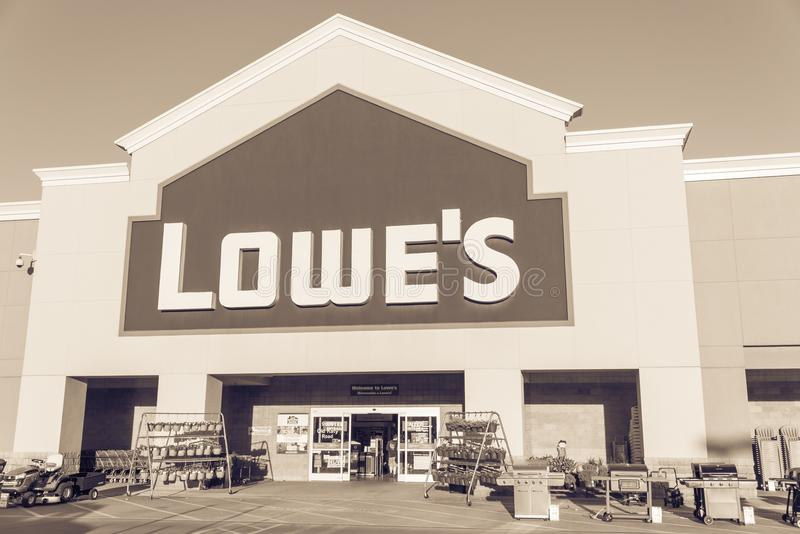 Facade entrance of Lowe home improvement retailer in USA. HOUSTON, TX, USA-SEP 30, 2016:Vintage entrance exterior to Lowe`s store. Fortune 500 American company royalty free stock photos