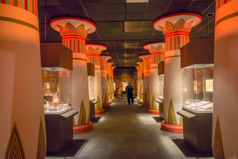 HOUSTON, usa - STYCZEŃ 12, 2017: Hall wśrodku Antycznego Egipt w muzeum narodowym Naturalna nauka w Orlando zdjęcie stock