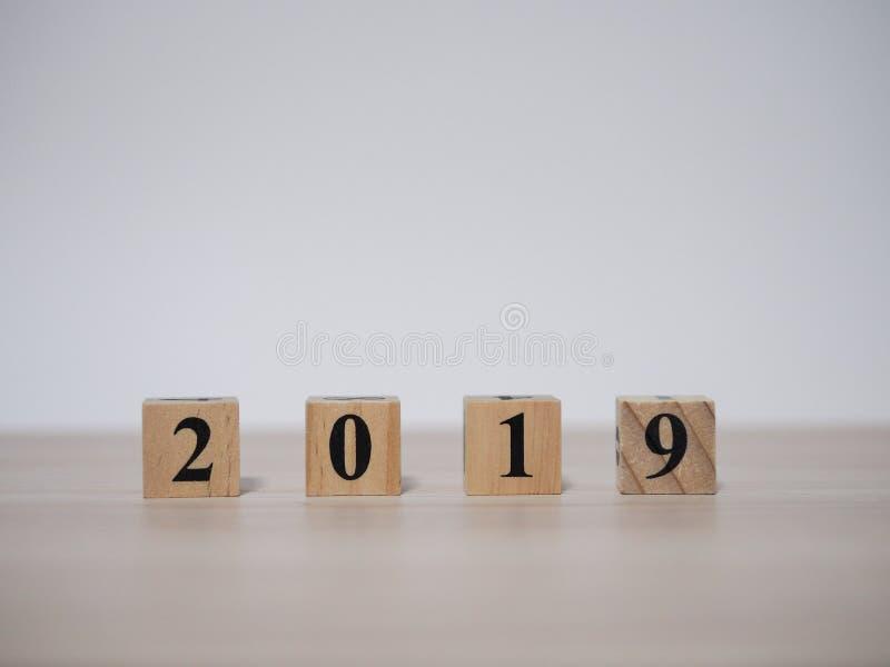 Houten blok 2019 royalty-vrije stock afbeeldingen