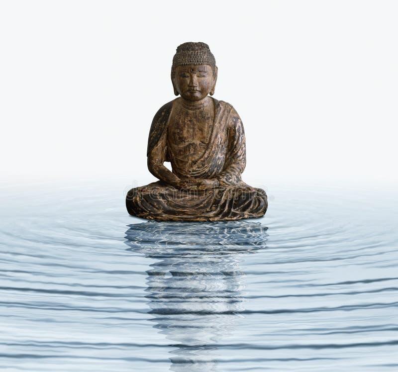 Houten Boedha in water royalty-vrije stock afbeeldingen