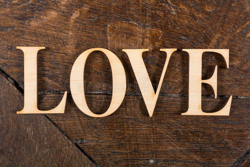 Houten brieven op houten achtergrond royalty-vrije stock afbeeldingen