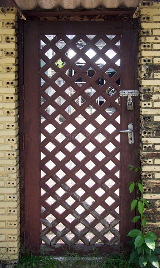 Houten bruine deur stock foto's