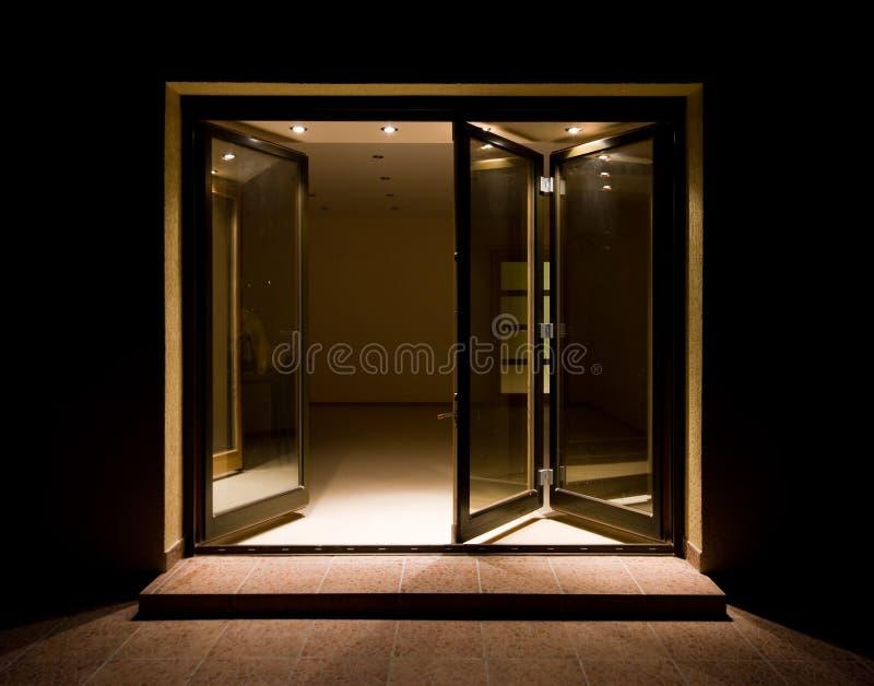 Houten deuren stock afbeelding