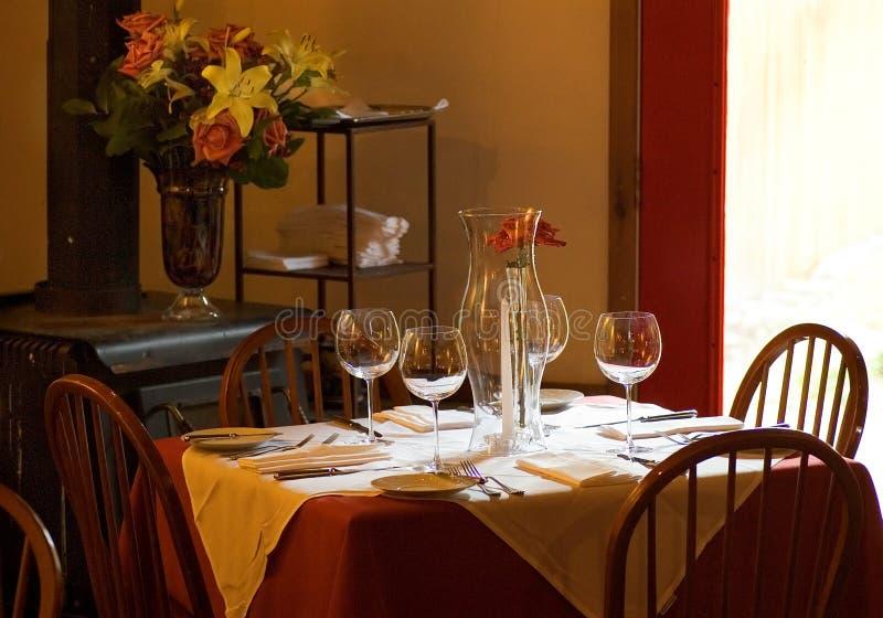 Houten Fornuis, de Lijst van het Restaurant stock foto