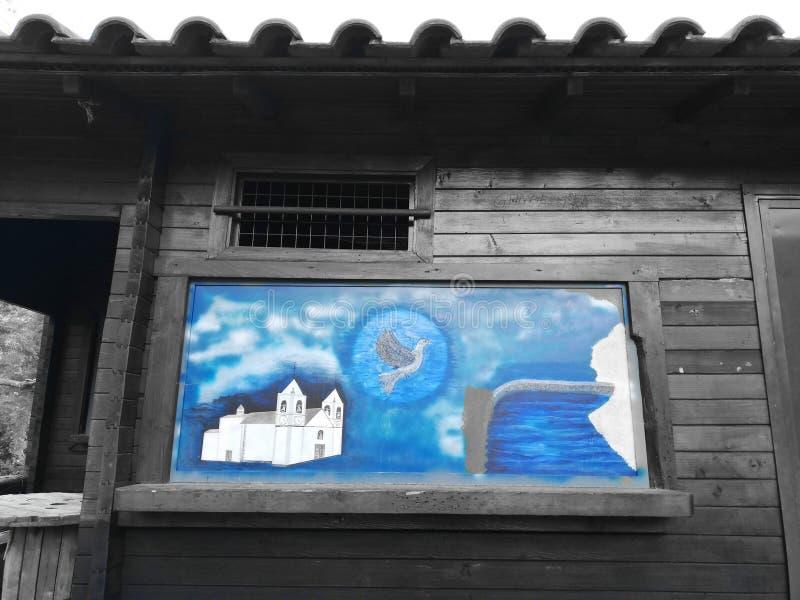 Houten geschilderd huis royalty-vrije stock afbeelding