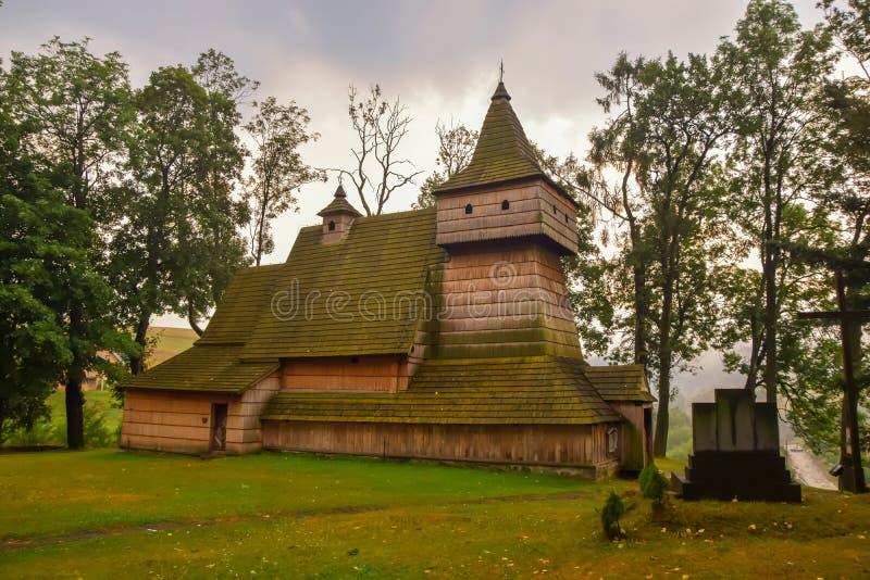 Houten gotische kerk van St Martin in Grywald, Polen royalty-vrije stock fotografie
