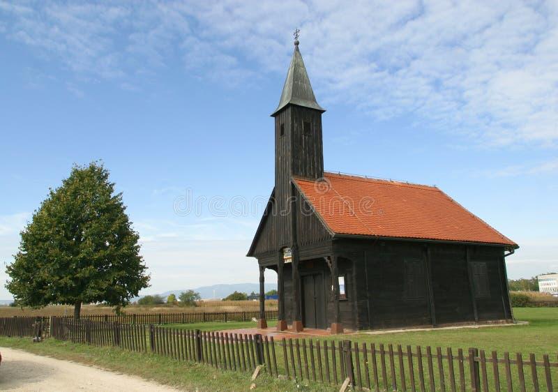 Download Houten kerk stock foto. Afbeelding bestaande uit christendom - 29500824