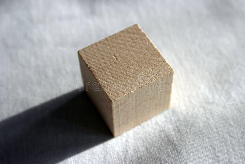 Houten kubus royalty-vrije stock afbeeldingen