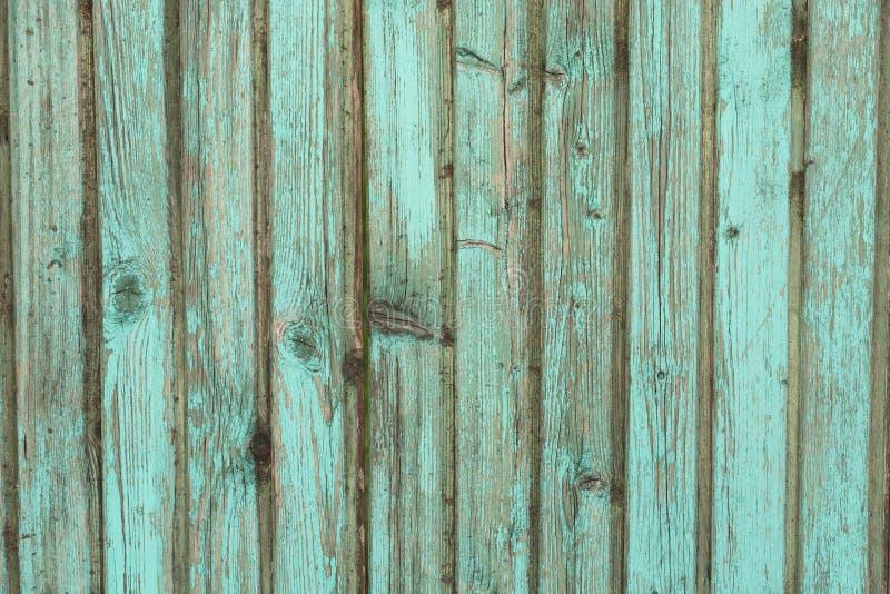 Houten planken als achtergrond van oud huis, oud behandeld hout stock foto's