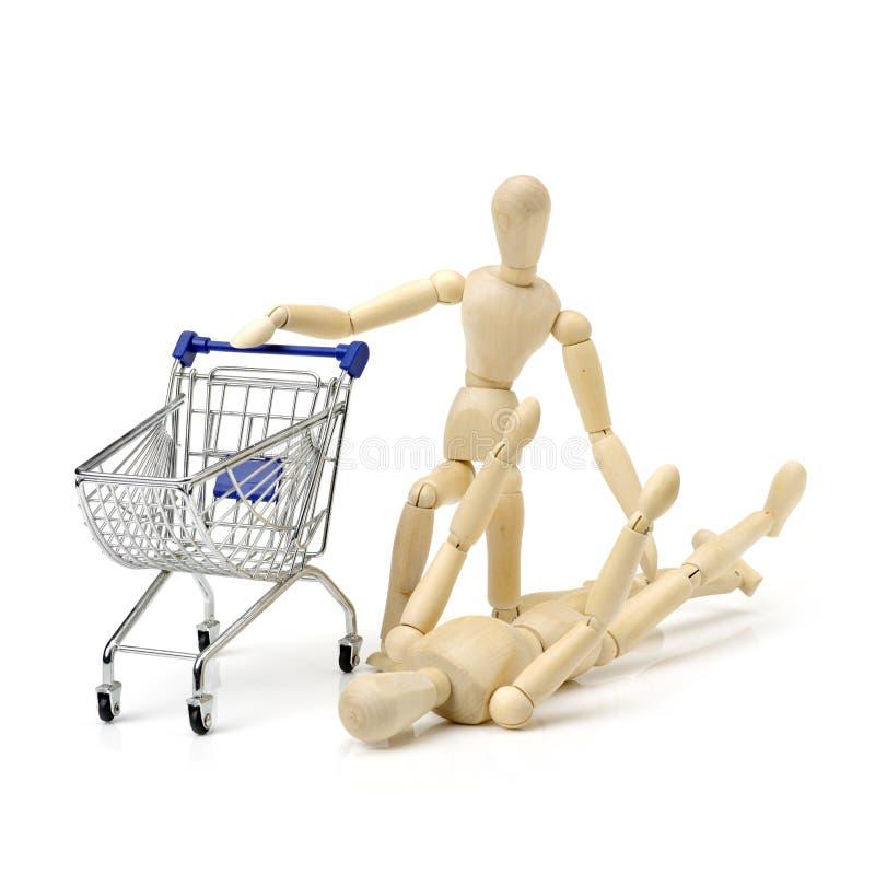 Download Houten Pop Met Boodschappenwagentje Stock Afbeelding - Afbeelding bestaande uit houten, model: 107708053