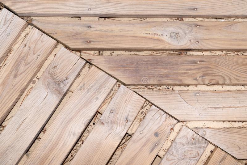 Houten raad met latjes van de achtergrondloopplank de houten plank royalty-vrije stock afbeeldingen