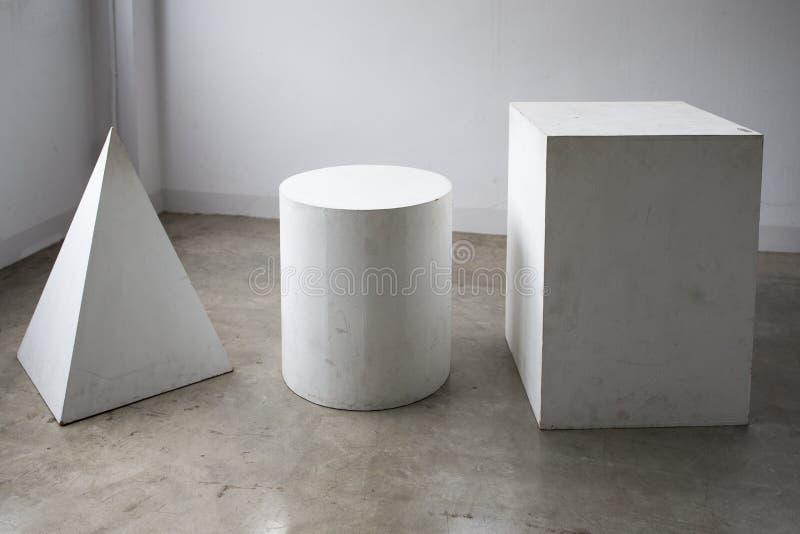 Houten Rechthoekig, cilinder, piramidevorm stock afbeeldingen