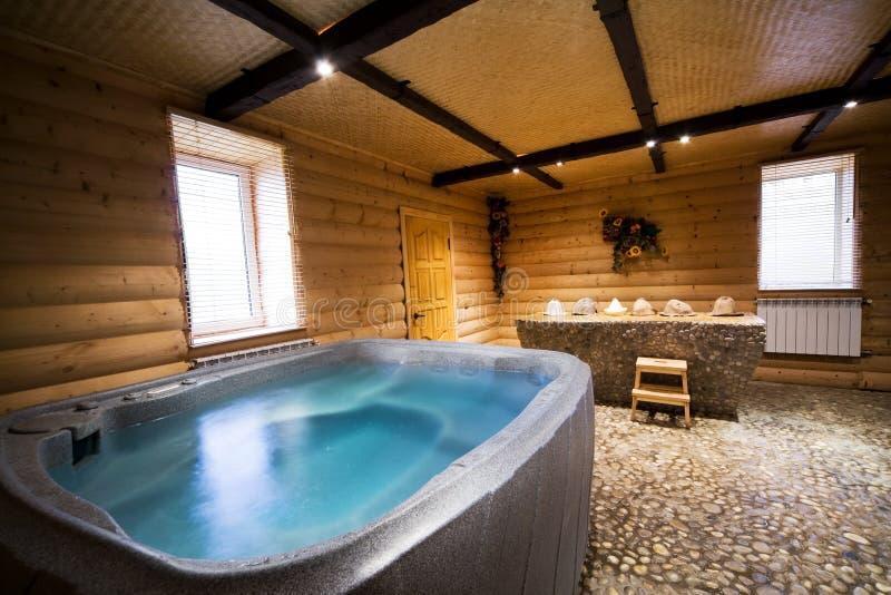 Houten sauna royalty-vrije stock afbeeldingen
