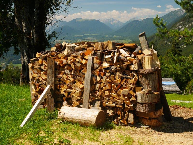 Houten Stapel in Oostenrijk royalty-vrije stock afbeeldingen