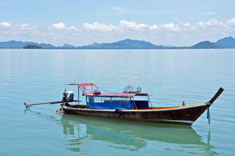Houten vissersboot royalty-vrije stock afbeelding