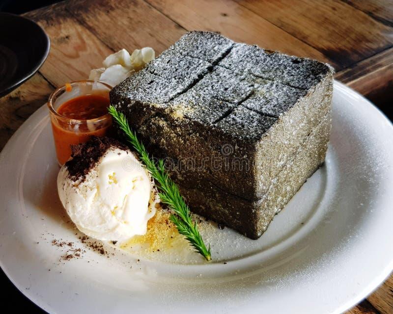 Houtskool geroosterd brood stock foto's