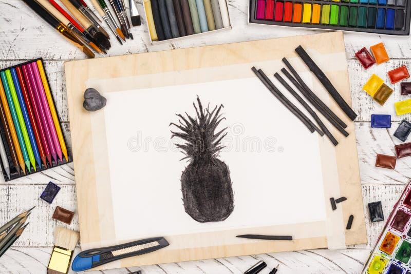 Houtskoolschets van een ananas stock afbeelding
