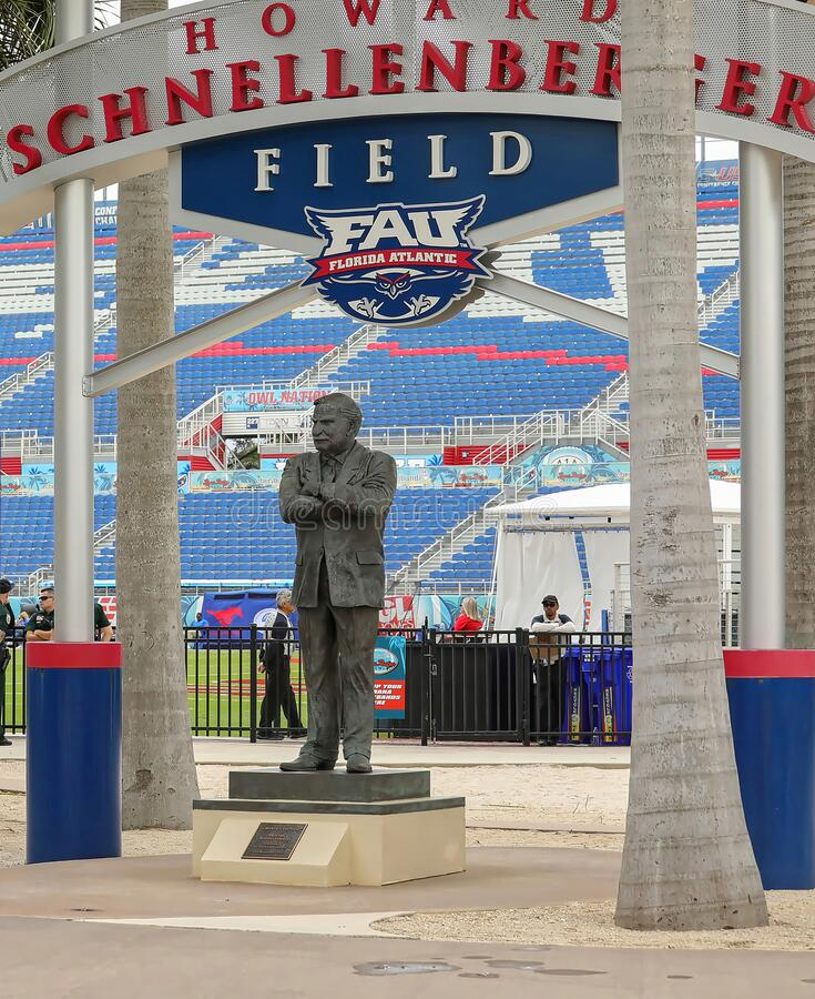 Howard Schnellenberger bronze statue. BOCA RATON, FLORIDA, USA:  Bronze statue of Howard Schnellenberger, famous Florida Atlantic University FAU Football coach royalty free stock images
