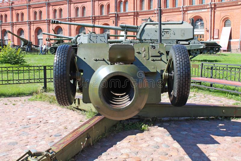 howitzer ?-30 122mm Μουσείο του πυροβολικού, στρατεύματα εφαρμοσμένης μηχανικής r στοκ εικόνες με δικαίωμα ελεύθερης χρήσης