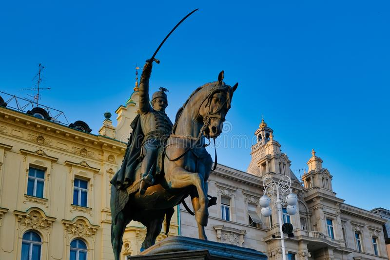 Hrabiowska Josip JelaÄ  iÄ ‡ Von buÅ ¾ im statua, Zagreb, Chorwacja fotografia royalty free