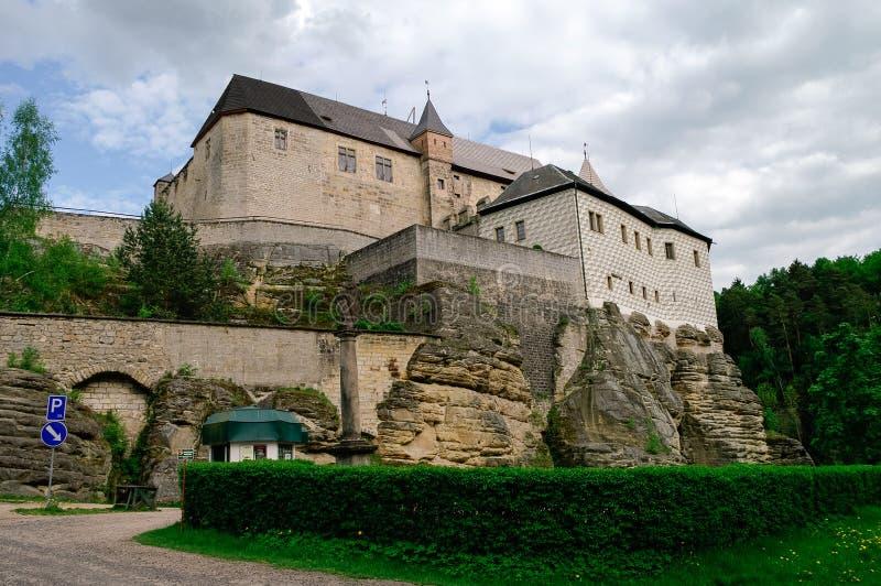 Hrad Kost, Kost slott, gotisk medeltida slott nära Turnov, Czec royaltyfria bilder
